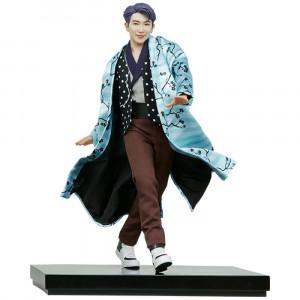 RM Deluxe szobor - BTS Idol...