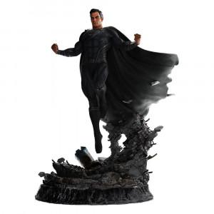 Superman Black Suit szobor -  Zack Snyder's Justice League -