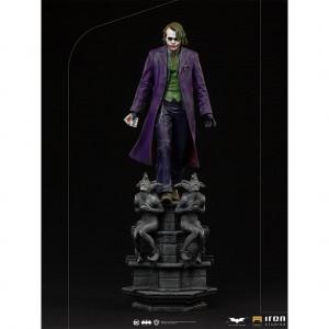 The Joker deluxe art scale szobor - The Dark Knight -